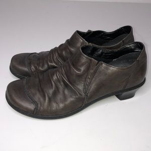 Rieker Brown Leather ankle shoes EU 39/US. 8